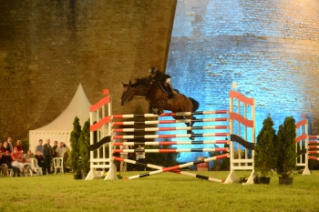Nouvel Star win the puissance of Blaye by jumping over 2m00 !